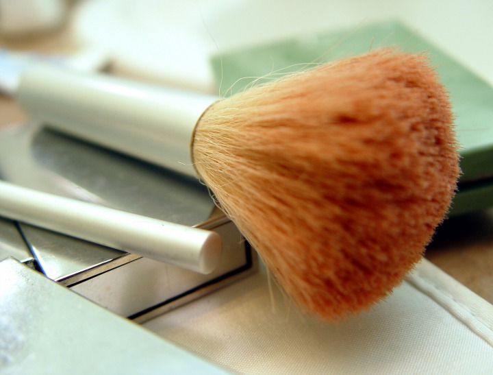 makeup brushes 01
