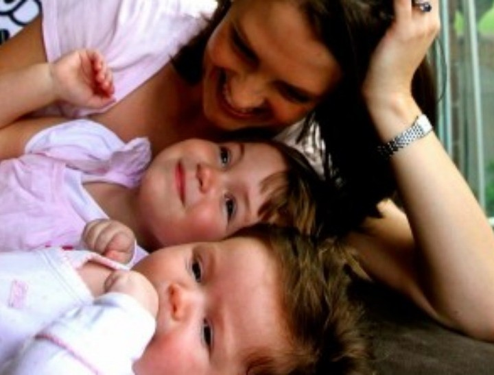 Georgie and her two kids feature